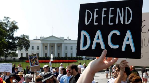"""6 claves sobre el fallo de la Corte Suprema que tiene en vilo a miles de """"soñadores"""""""