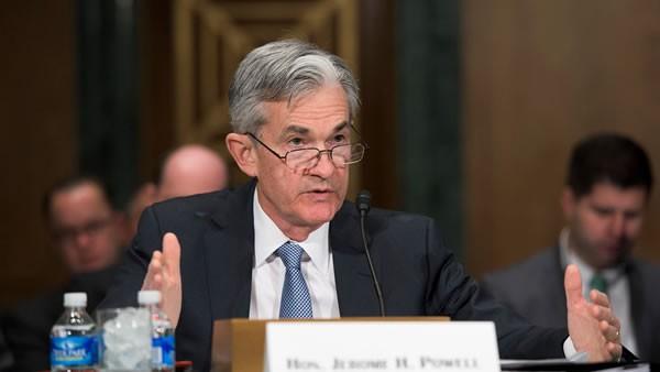 Powell minimiza preocupaciones sobre escasez de efectivo en mercados financieros de EE.UU.