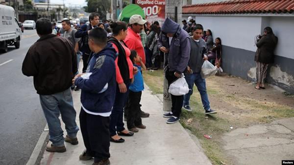 Mexicanos podrían volver a su país tras ser devueltos a Guatemala por EE.UU.