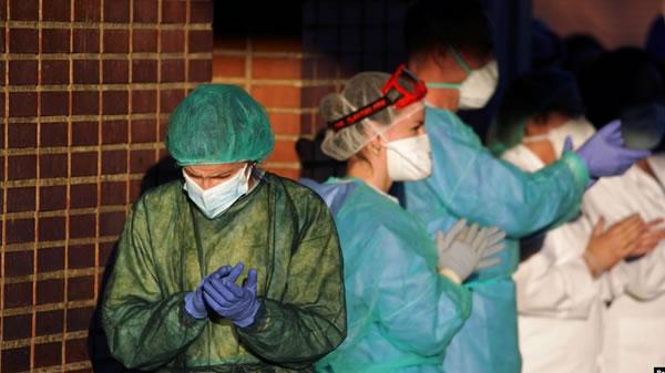 Muertes por coronavirus en España supera los 9.000