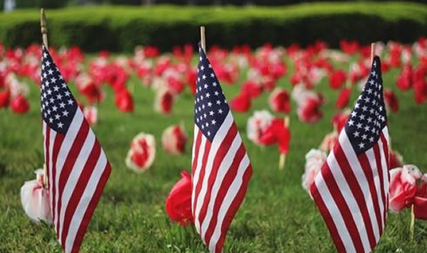 Ciudades de EE.UU. planean honrar a miembros del servicio de forma remota en el Día de los Caídos
