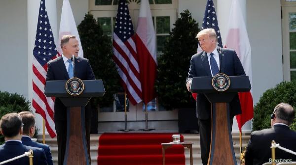 """EE.UU. y Polonia reafirman su """"vital alianza"""""""