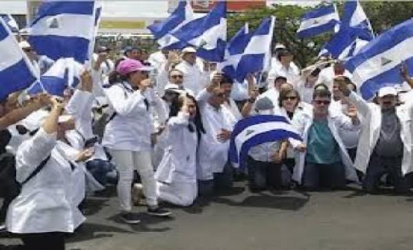 Human Rights Watch condena despido de médicos en Nicaragua