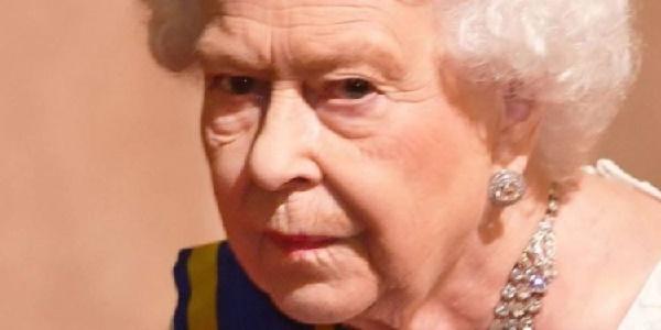 La Reina Isabel II prepara su sucesión en el Trono