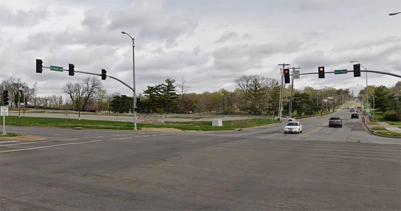 accidente en Blue Parkway y Cleveland Ave