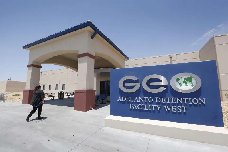 Rechazan ampliación del Centro de Detención de Adelanto