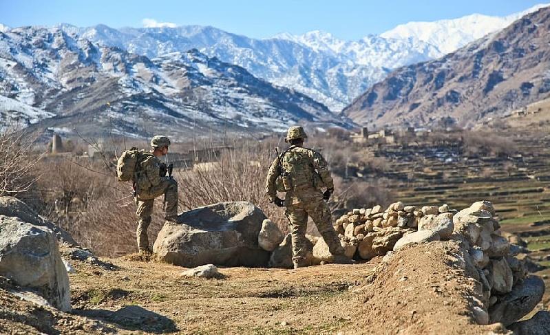 Los talibán aplauden plan de Trump para la retirada de tropas de Afganistán
