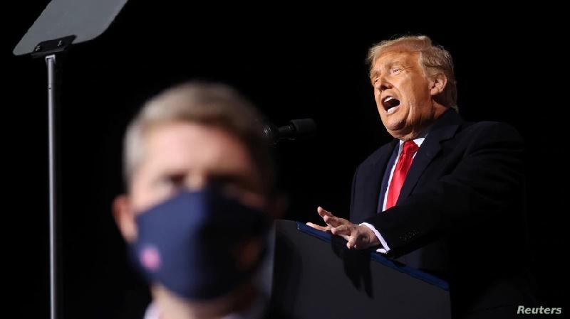 """Trump: """"No hay dinero"""" para los inmigrantes irregulares"""