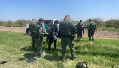 abandonadas por coyotes en la frontera sur de EE. UU.