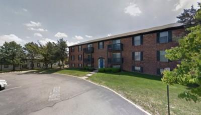 tiroteo en complejo de apartamentos en Lenexa