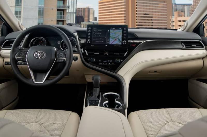 Toyota Camry del 2021