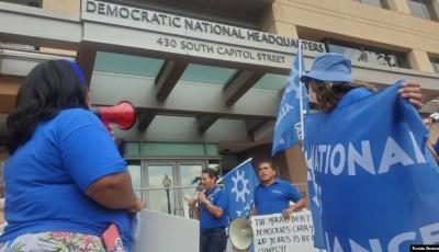 Beneficiarios del TPS protestan por inacción del Senado